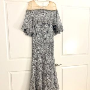 NEW Mac Duggal Stunning Evening Dress Size 8